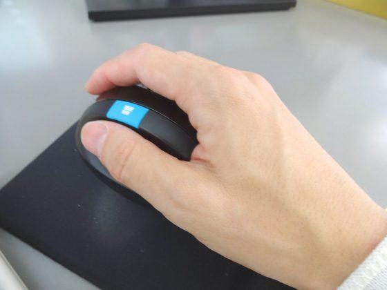 microsoft sculpt ergonomic mouse review 015