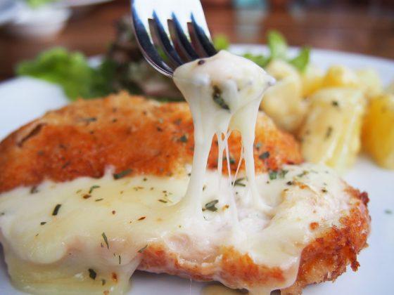 チキンとチーズ